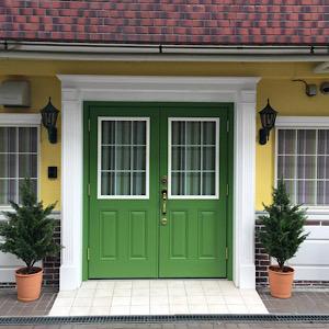 サロンの入り口の写真