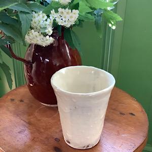 粉引きのカップの写真